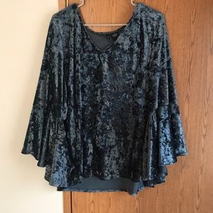 New Directions Size 3x Crushed Velvet Top